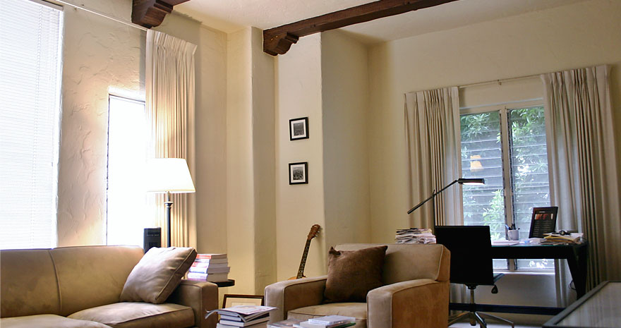 Welcome To The Los Feliz Manor Apartments
